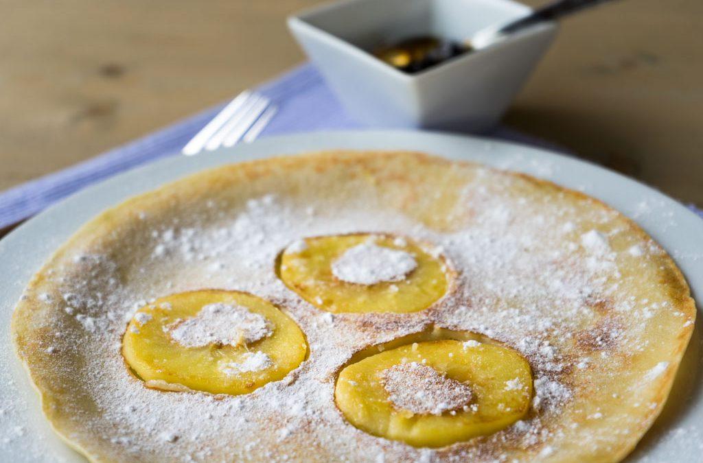 Recept voor naturel, appel- of blauwe bessen pannenkoek