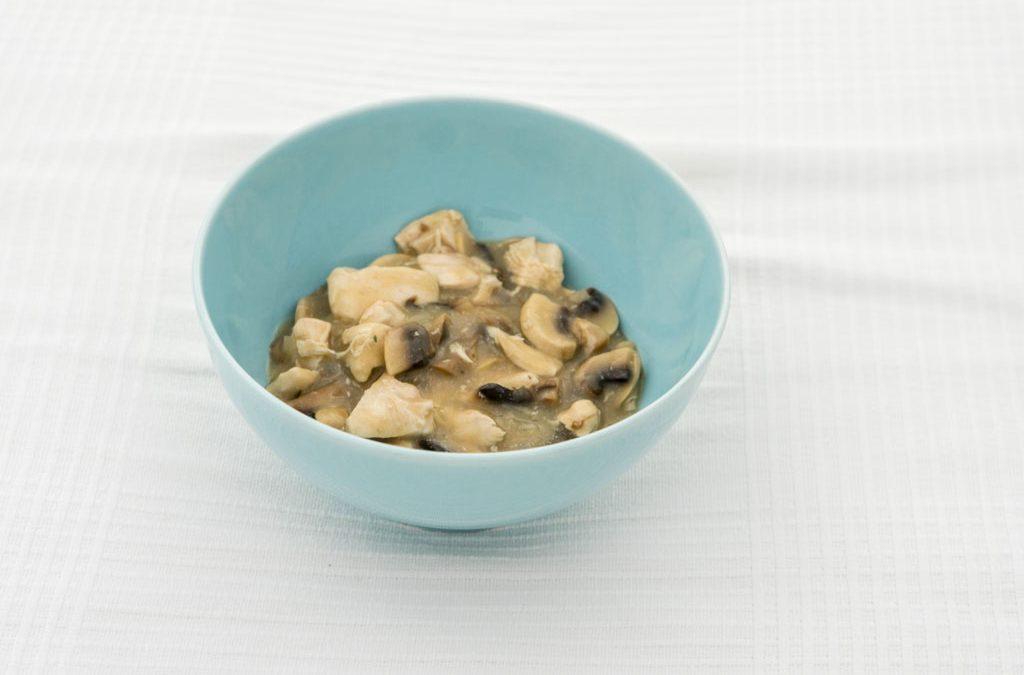 Kipragout met champignons